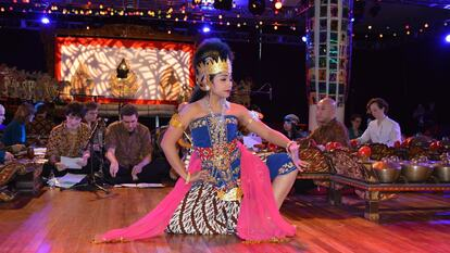 Gamelan Dancer at the Royal Festival Hall
