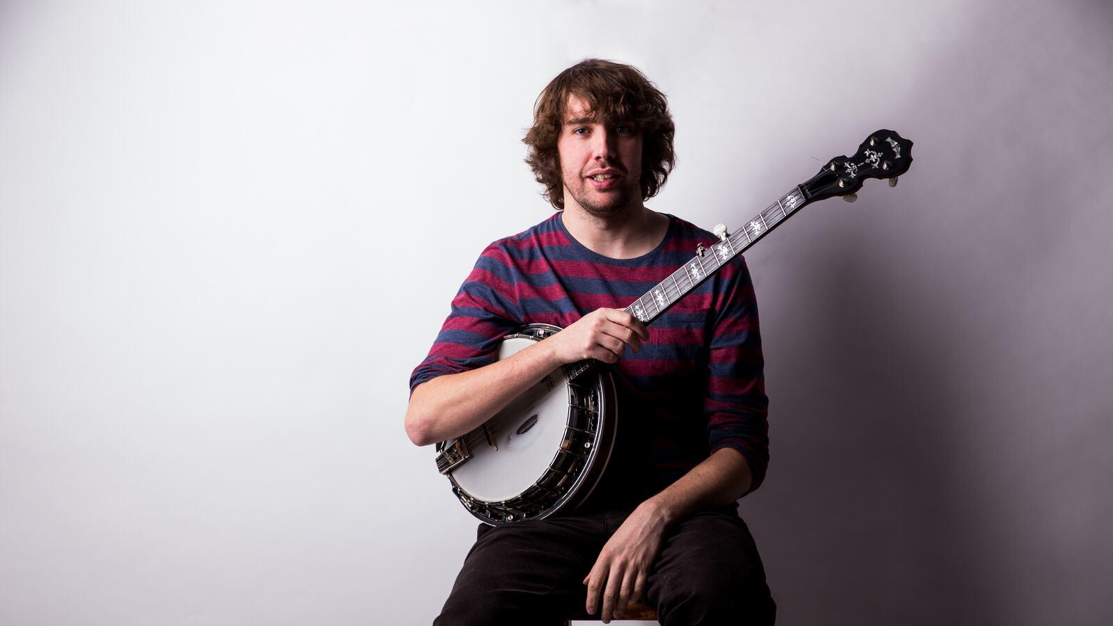 Friday Lunch: Dan Walsh, banjoist and guitarist