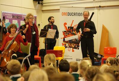 OAE Tots: Funharmonics at a school